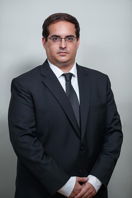 עו''ד אסף אריב