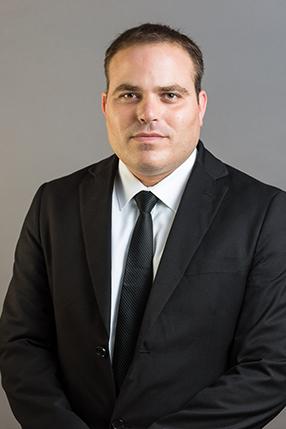 Adv. Ofer Reznik