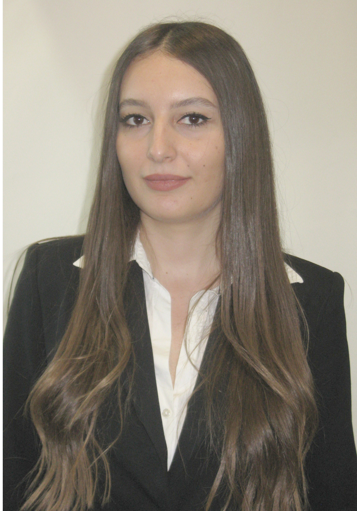 Nicole Leshcov