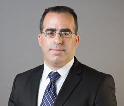 עו''ד רפאל יולזרי