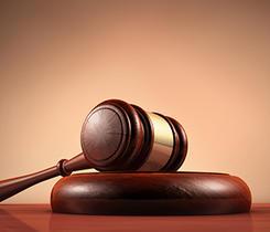 היתרונות והחסרונות של הבוררות לעומת דיון בית המשפט